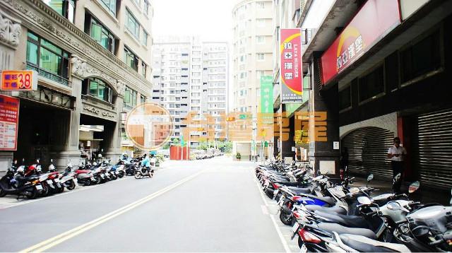 18甲京城金店面(2023652),新北市泰山區仁武街