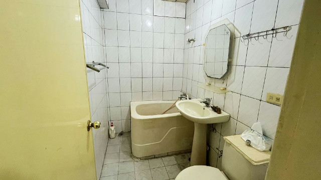 龍山捷運電梯套房1,台北市萬華區華西街