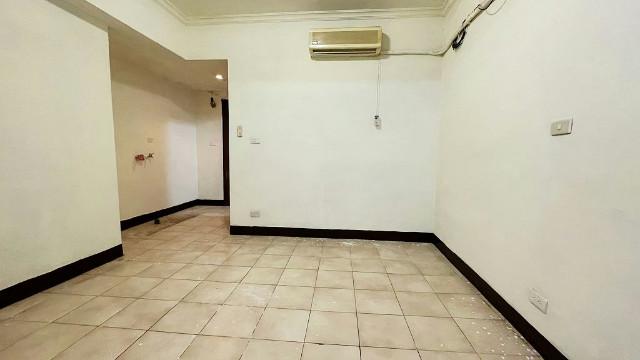 龍山捷運電梯套房2,台北市萬華區華西街
