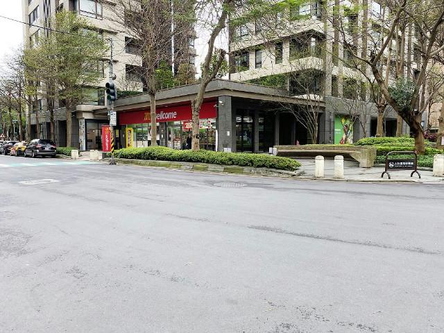 公園面寬金店面(2114823),新北市新莊區公園一路