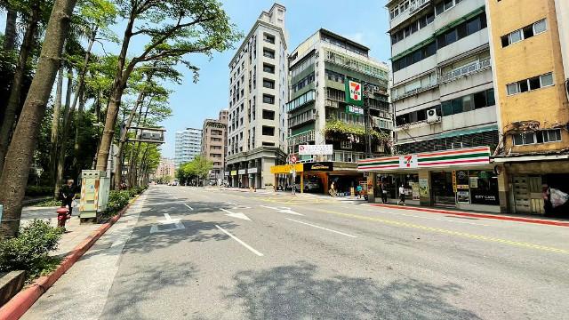 西松泰無限文的店面(2054393),台北市松山區三民路