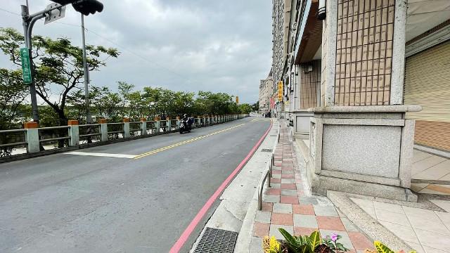 美麗增值金店面(2054384),新北市泰山區中港西路